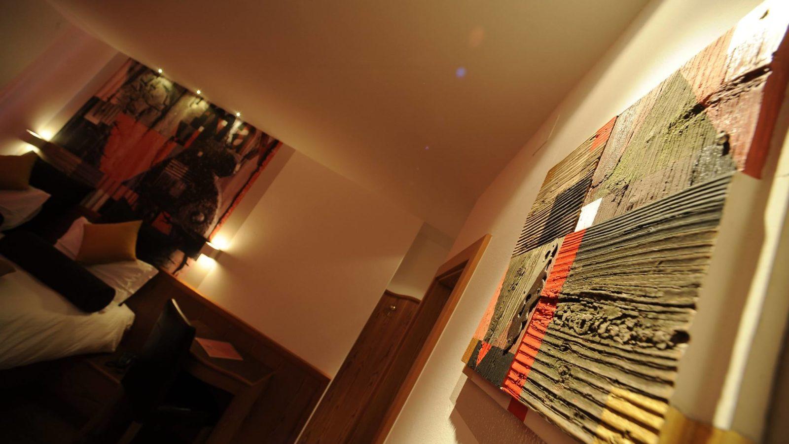 Art Room - Max Gaudenzi - Hotel Isolabella Primiero