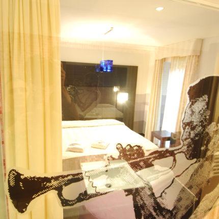 Hotel Isolabella Primiero - Music Room MIles Davis