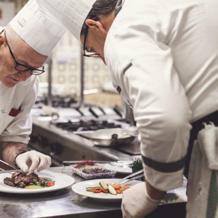 staff di cucina - Hotel Isolabella Primiero - Trentino