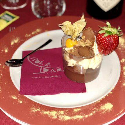 coppa cacao e zabaione con cioccolato gianduia